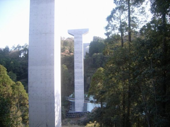 東九州道串良川橋下部工(橋脚高さ47.9m)