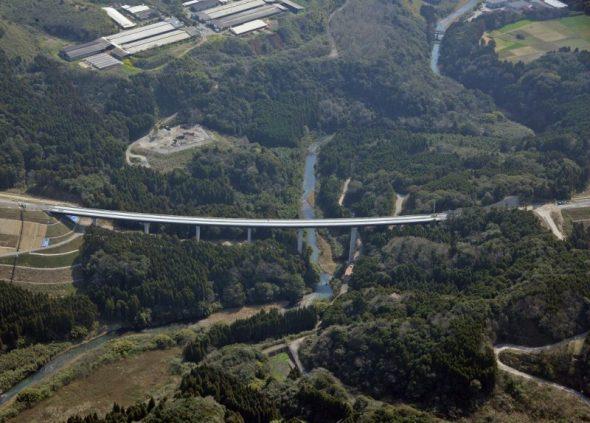 東九州道串良川橋床版工工事