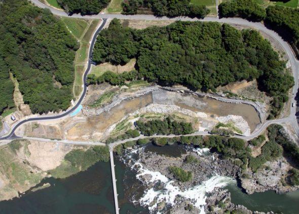 曽木分水路掘削工事